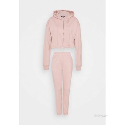 Missguided CROP ZIP HOODY JOGGER SET Zipup sweatshirt pink