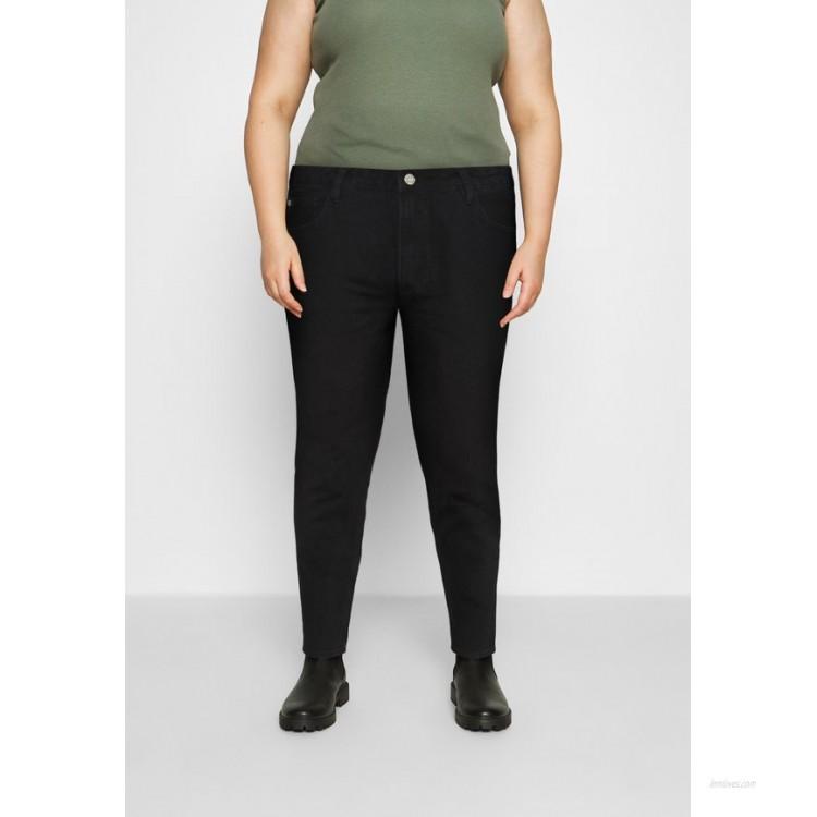 Missguided Plus PLUS MISSGUIDED POCKET RIOT Relaxed fit jeans black/black denim