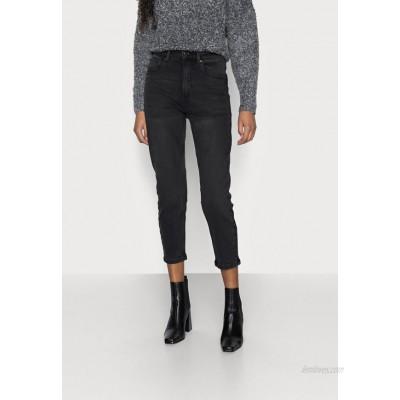 Vero Moda Petite VMJOANA MOM  Relaxed fit jeans black