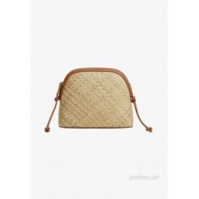 Violeta by Mango Across body bag beige