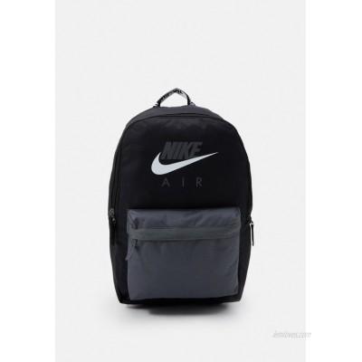 Nike Sportswear AIR HERITAGE UNISEX Rucksack black/iron grey/white/black