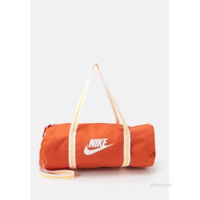 Nike Sportswear HERITAGE UNISEX Sports bag light sienna/light sienna/white/orange