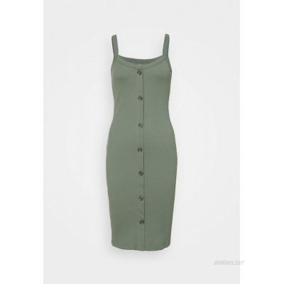 Vero Moda Petite VMHELSINKI DRESS Jersey dress laurel wreath/green