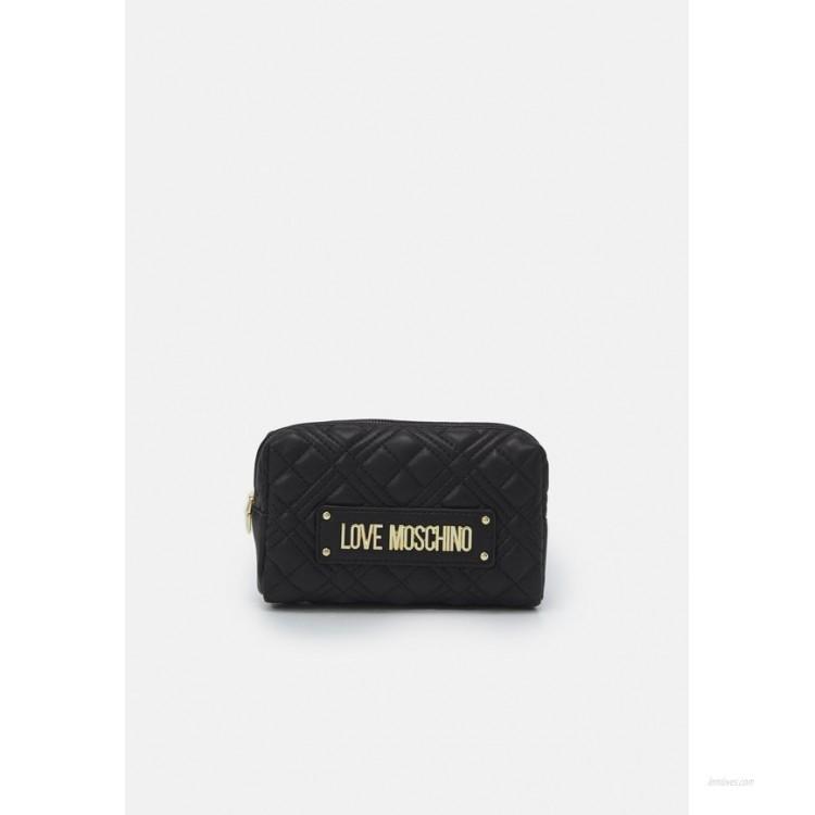 Love Moschino QUILTED SOFT Wash bag nero/black