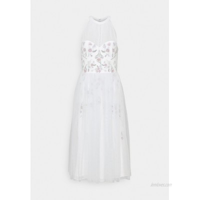 Maya Deluxe HIGH NECK MIDI WITH FLORAL EMBELLISHMENT Cocktail dress / Party dress ice blue/ivory/light blue