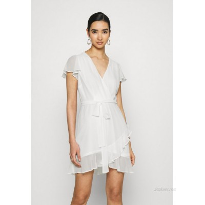 Nly by Nelly DREAMY FLOUNCE DRESS Cocktail dress / Party dress white