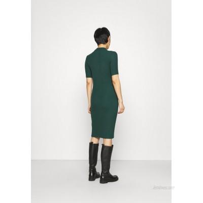 Modström KROWN DRESS Shift dress bottle green/dark green