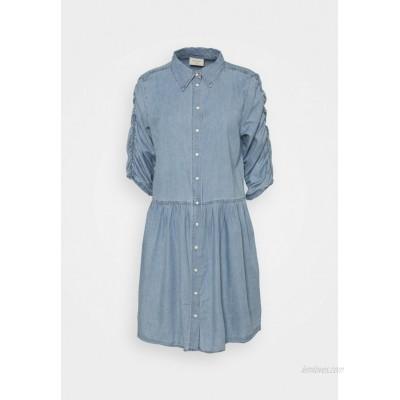 Freequent FQDOBBY PUFF Denim dress light blue denim/lightblue denim