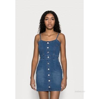 Missguided Petite BUTTON DETAIL STRETCH MINI DRESS Denim dress light blue